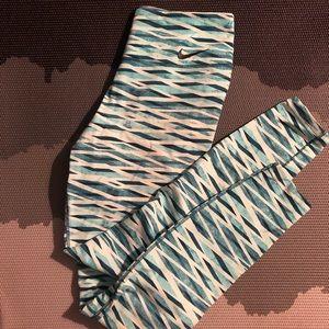 Nike Legend Blue White Wave Legging Medium
